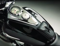 кожаная накладка на бак мотоцикла